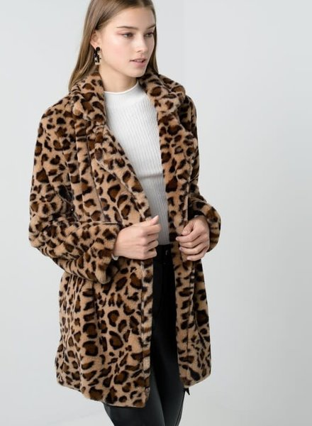 Love Tree Notch Collar Faux Fur Coat