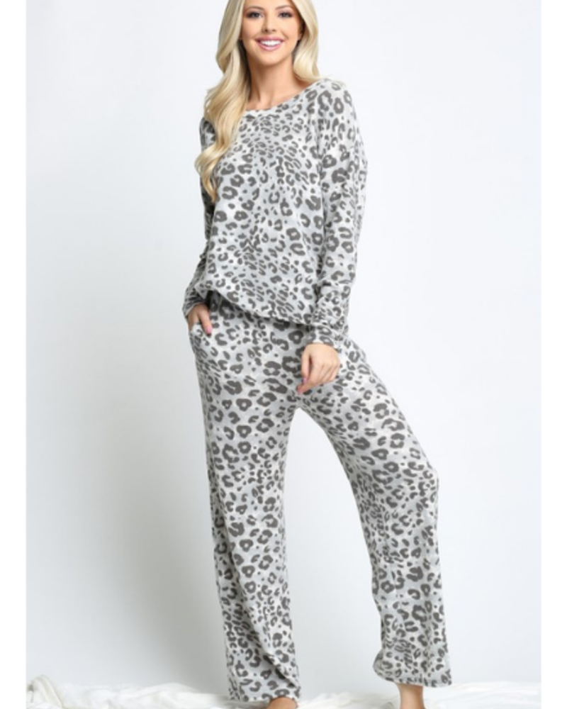 Acting Pro Leopard LS Top & Pants w/Pockets Set