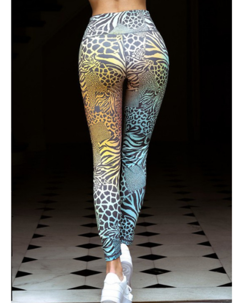 Yelete Active Safari Print High Waist Leggings w/Hidden Waist Pocket