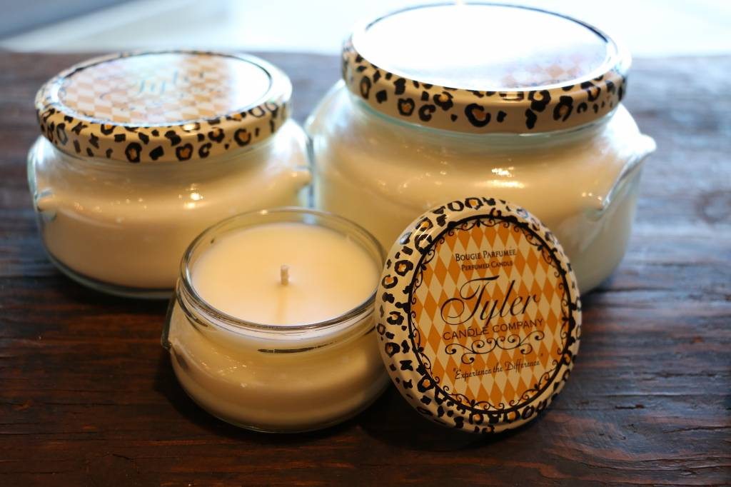 Tyler Candle Co Jar Candles Various Fragrance /& Sizes Order 3 For Free Shipping