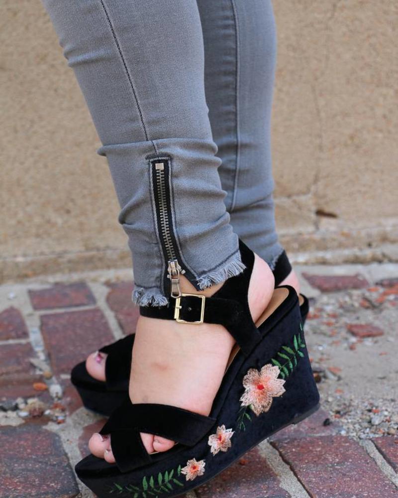 Kan Can Kan Can- Marissa June Gray Ankle Zipper Skinny Jean