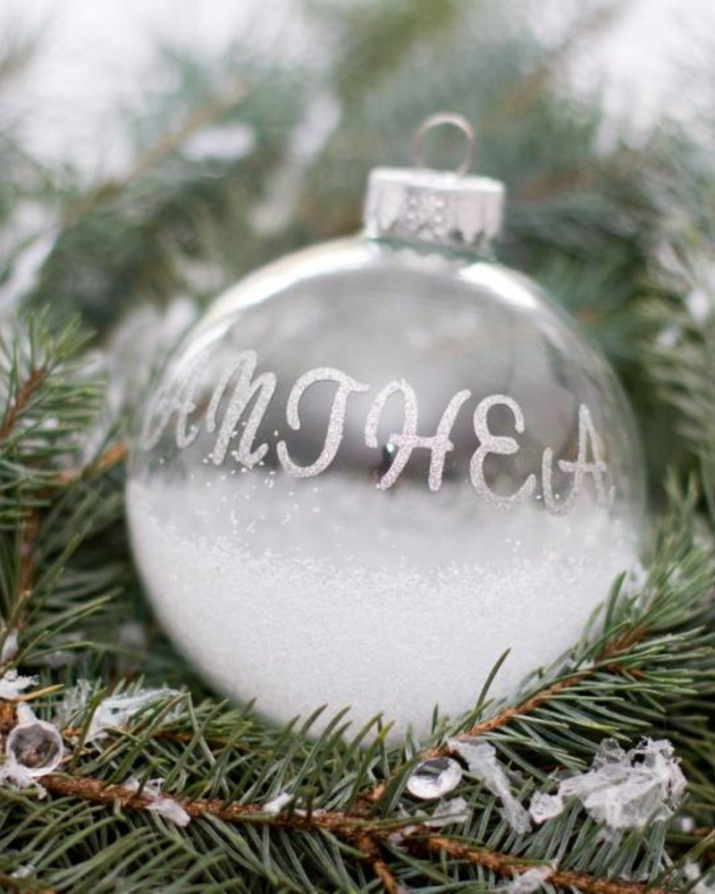 The Anthea Bauble
