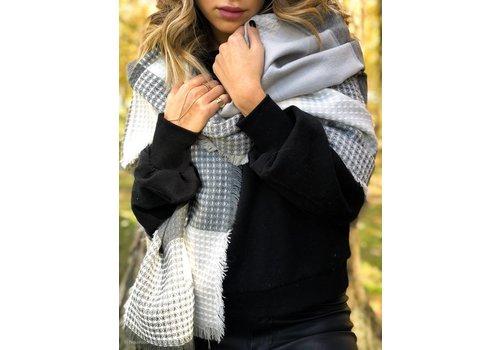 Nouveau Noir Emerson Plaid Blanket Scarf