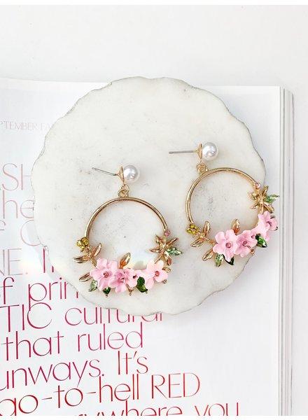 Nouveau Noir Magnolia Earrings