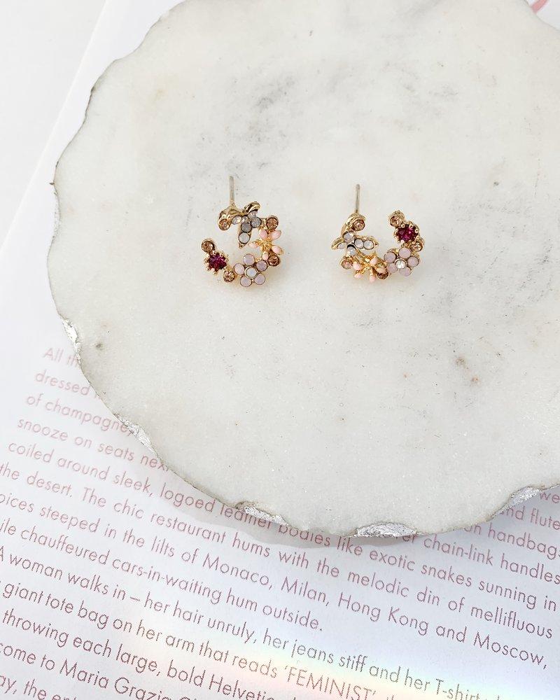 Nouveau Noir Anemone Earrings