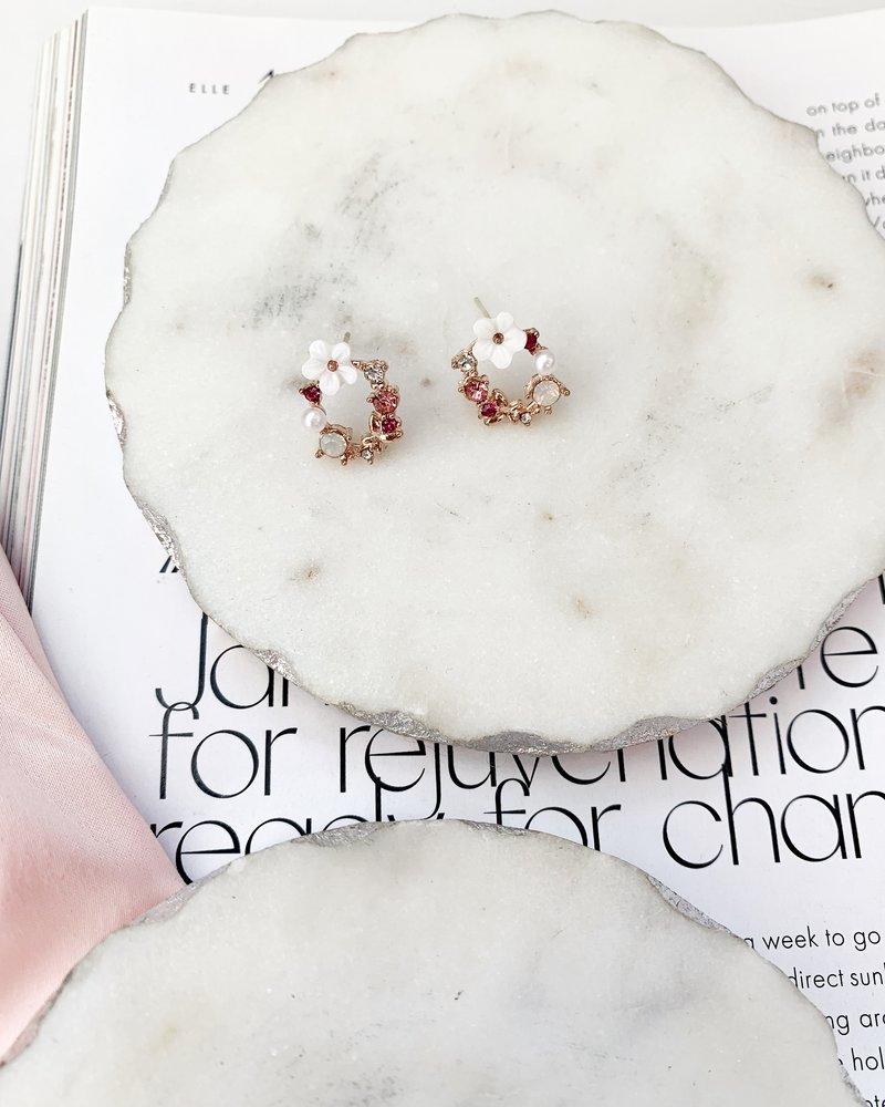Nouveau Noir Begonia Wreath Earrings