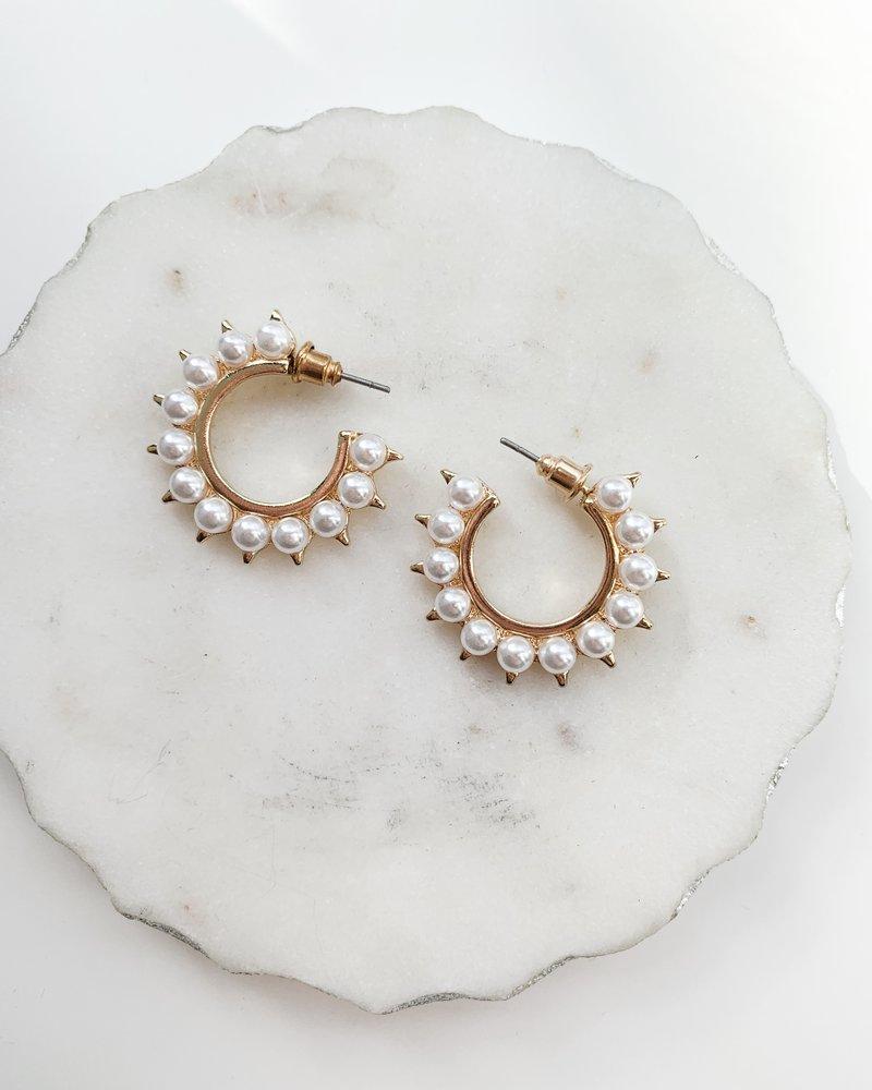 Nouveau Noir Gabriela Earrings
