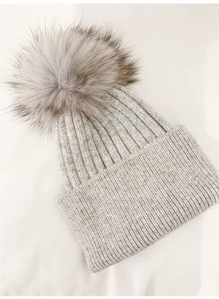 Nouveau Noir Prague Solid Beanie Light Grey