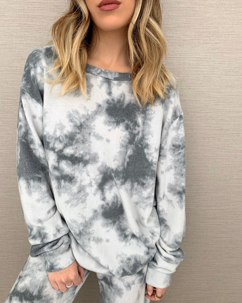 Nouveau Noir Cloud Nine Sweatshirt