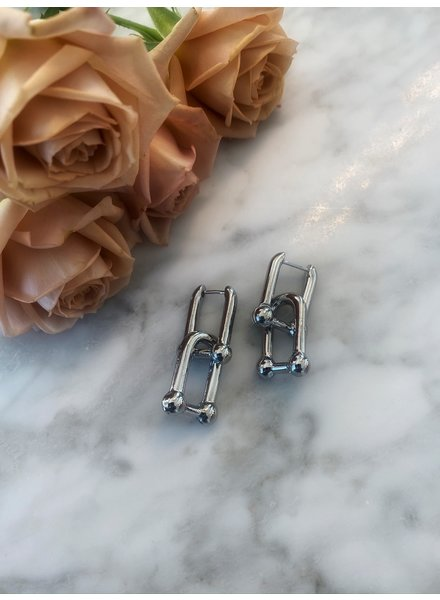 Nouveau Noir Baldwin Earrings Silver