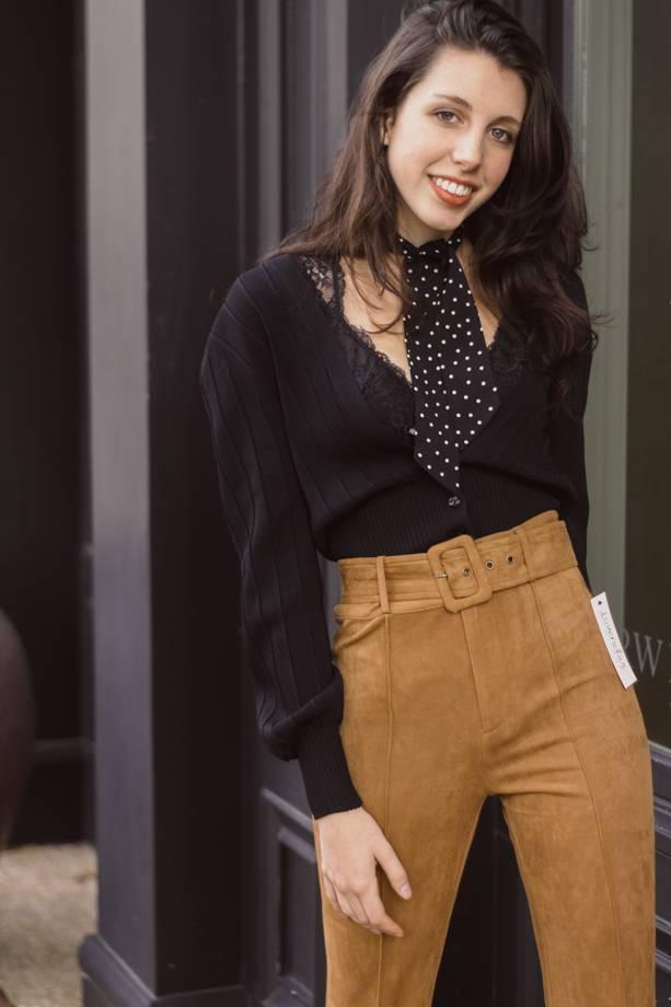 Sloane Vnck Bottom Button Sweater Cardigan