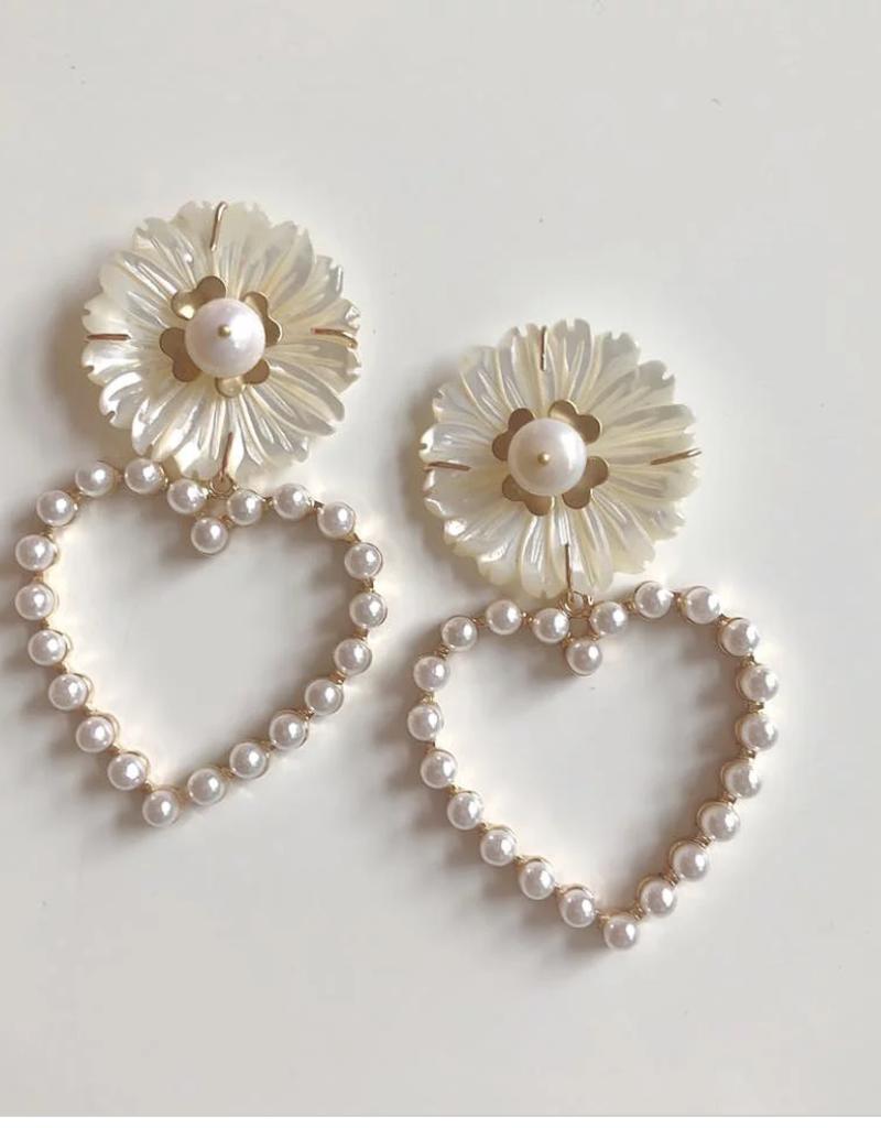 Nicola Bathie Pearl + mother of pearl flower