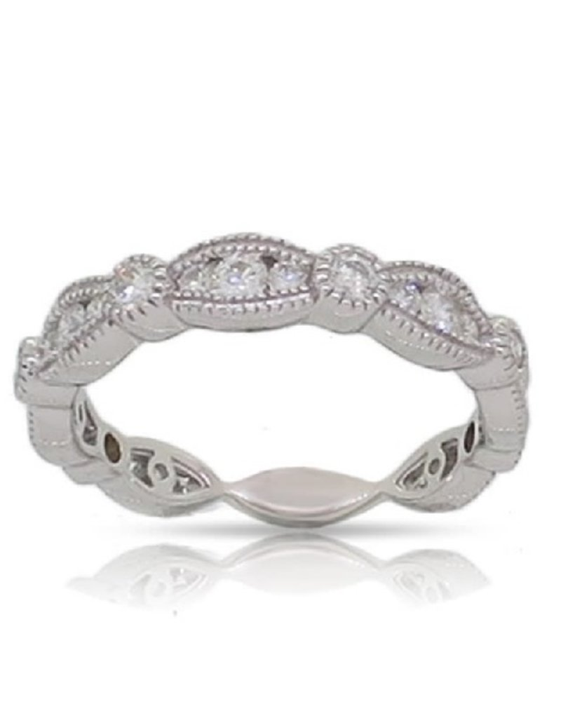 Luvente White Gold Scalloped Diamond Band