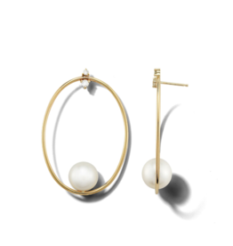 Mizuki Small Oval and Pearl Diamond Studs