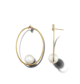 Mizuki Small Oval and Pearl Diamond Studs