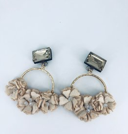 Beige Flower Cluster Earrings