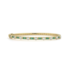 Jude Frances Lisse Diamond Kite Baguette Bangle