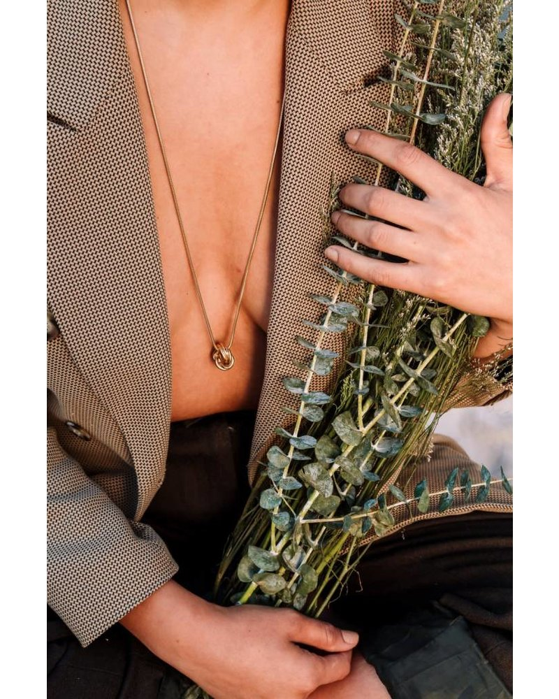 Slate & Stone Slate & Stone- Knot Charm Necklace- Gold