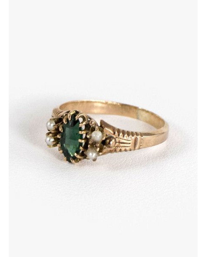 Vintage Jewelry Vintage Emerald & Pearl 10k Ring size 7.5