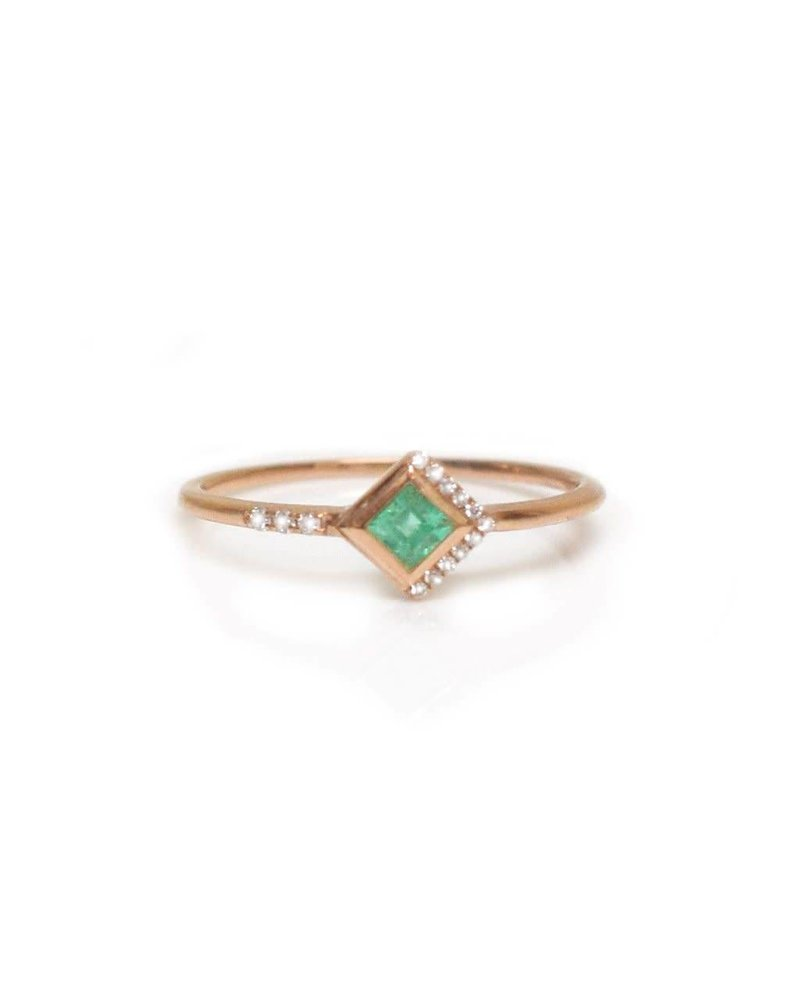 La Kaiser La Kaiser Mysterious Ring with Emerald- size 8