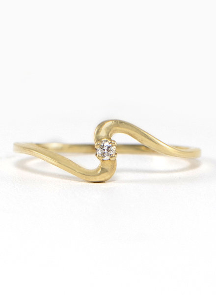 Eskell Yellow Gold & White Diamond Wave Ring- size 8