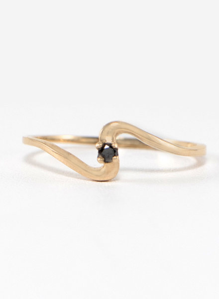 Eskell Wave Ring Rose Gold & Black Diamond- size 8