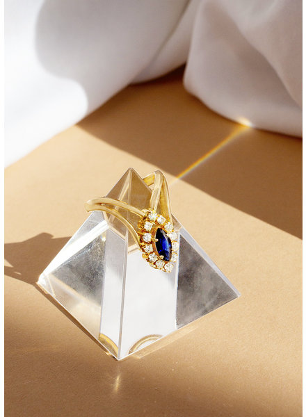 Vintage Jewelry Antique 18k Gold Sapphire and Diamond in Deco Setting