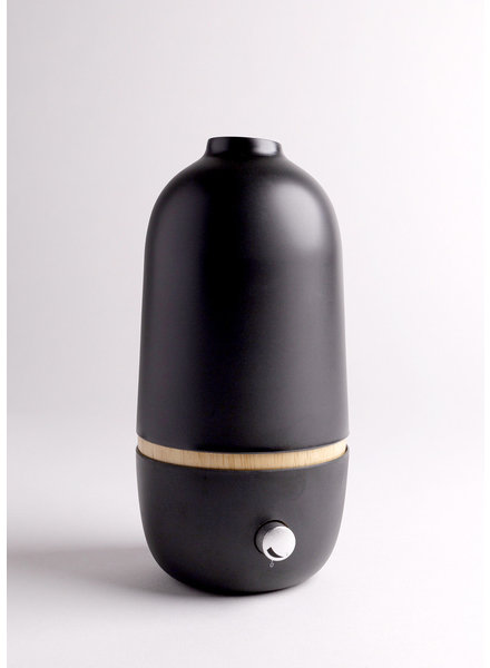 Ekobo | ONA Essential Oil Diffuser | Black
