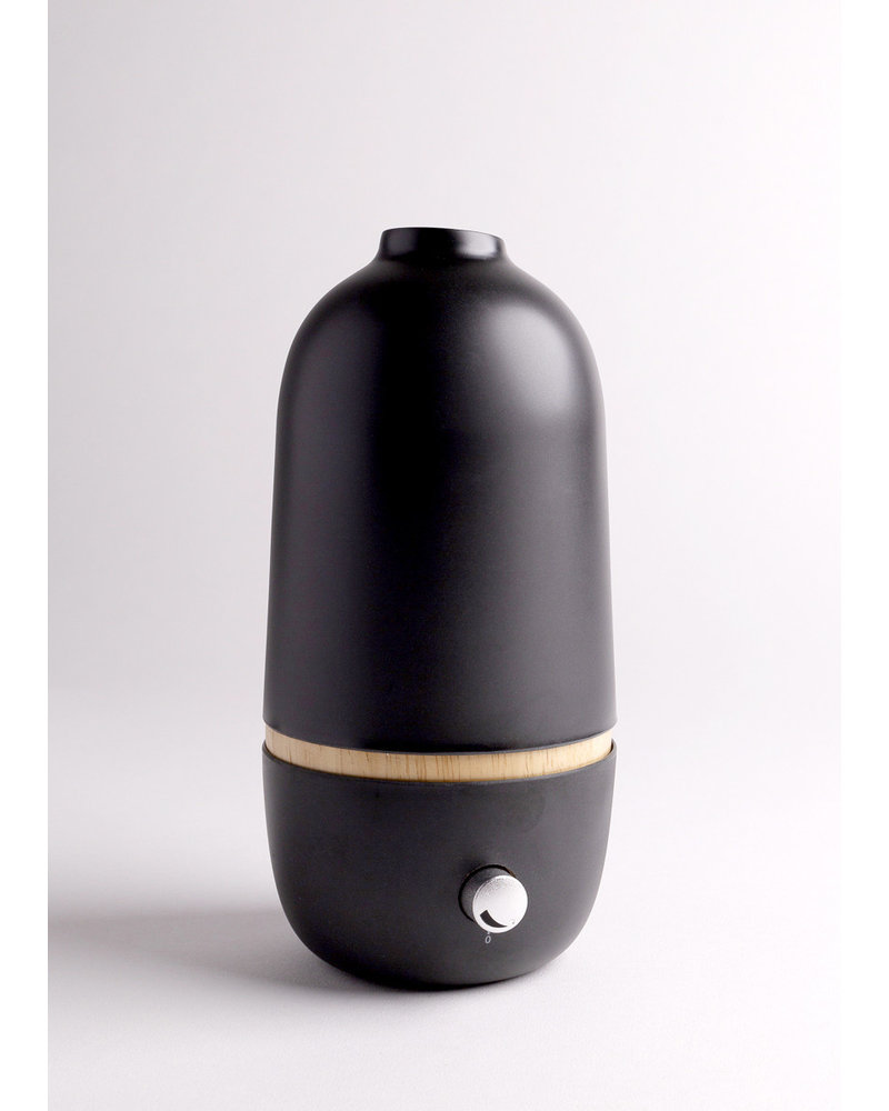 Ekobo ONA Essential Oil Diffuser | Black