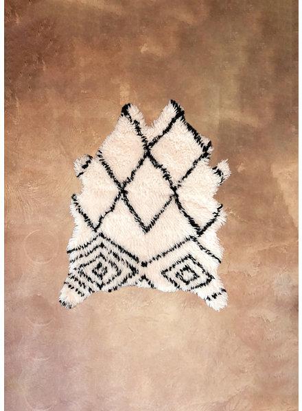 Artajul Rugs Black & White Patterend Sheep Skin Rug 3.3 x 4