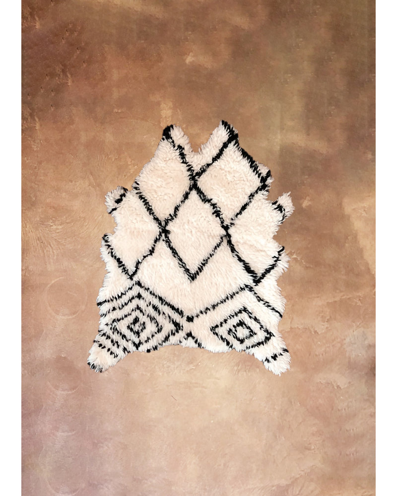 Artajul Rugs Black & White Patterend Sheep Skin Rug 3.3 x 4