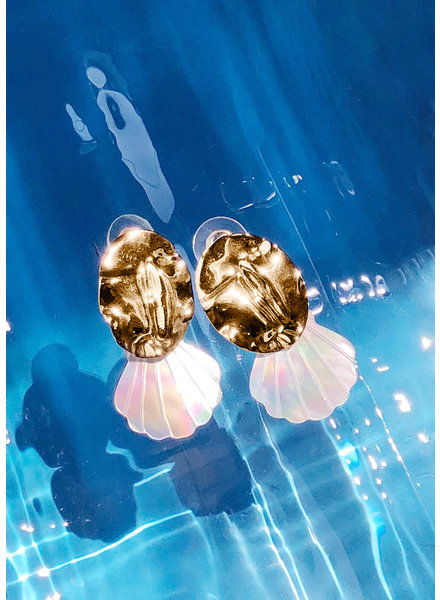 Sofia Pearl Shell Statement Earrings