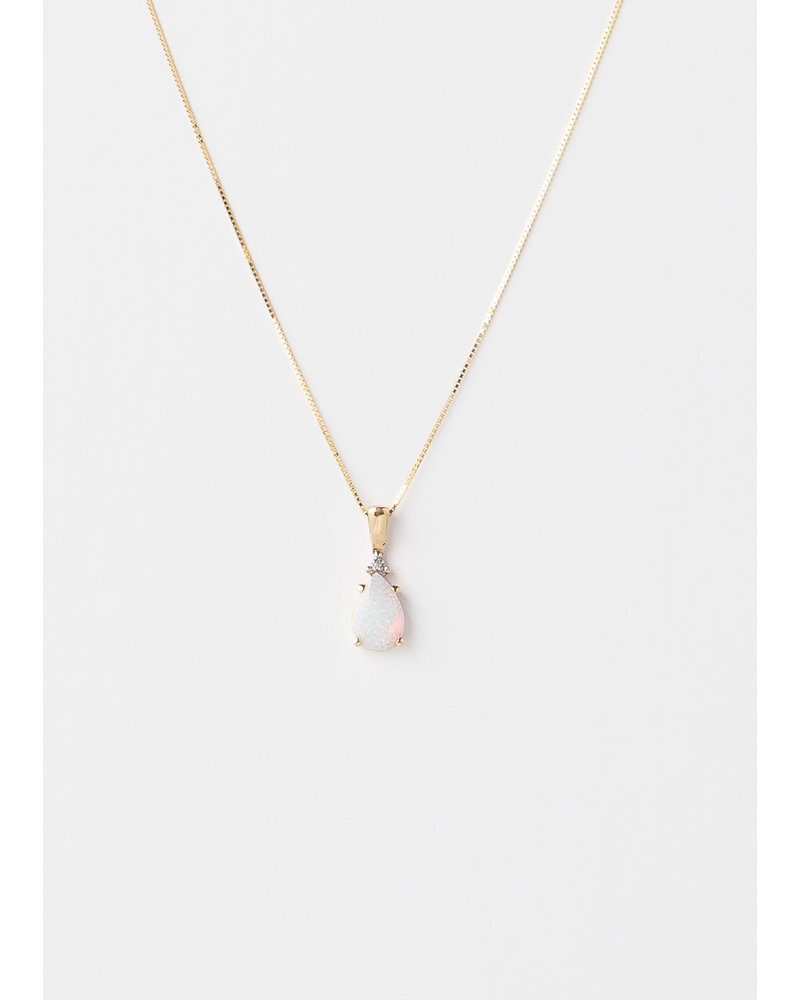 14K Gold Teardrop Opal Necklace