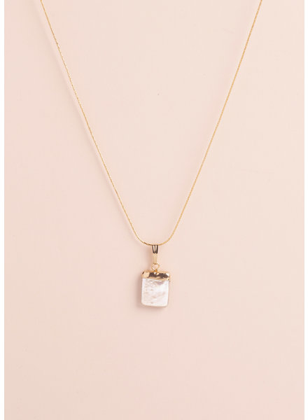 Constance Pearl Pendant Necklace