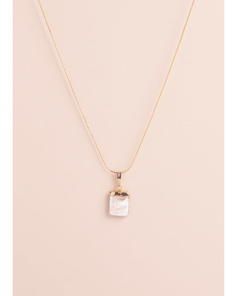 Constance Pearl Pendant Necklace