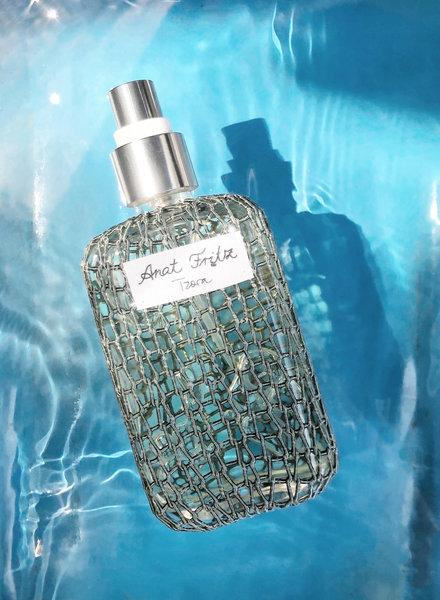 Tzora Perfume