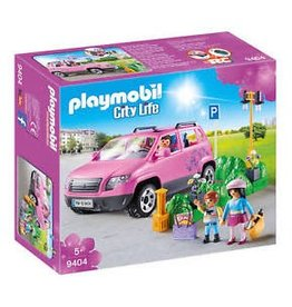 Playmobil Playmobil City Life - Family Car with Parking Space