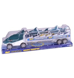 Wild Republic Extreme Shark Transporter with 2 Sharks