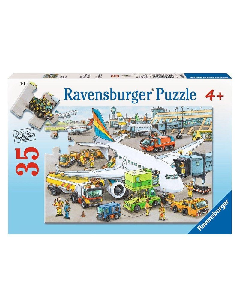 Ravensburger Busy Airport
