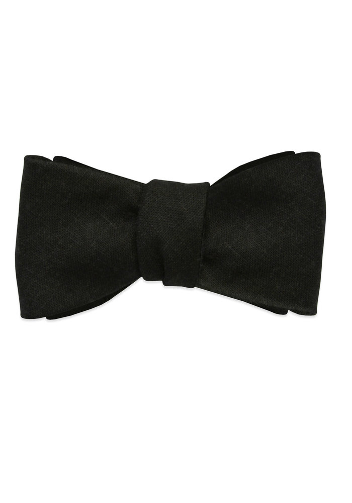 The Austin Black Linen Bow Tie