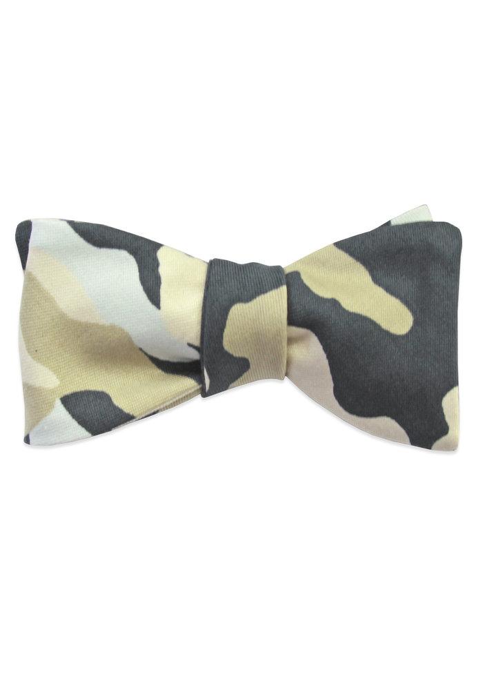 The Fay Camo Bow Tie