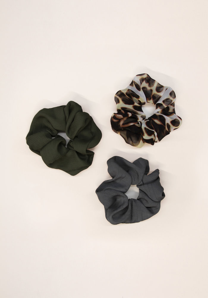 By PSC - Shear Leopard Scrunchies Set