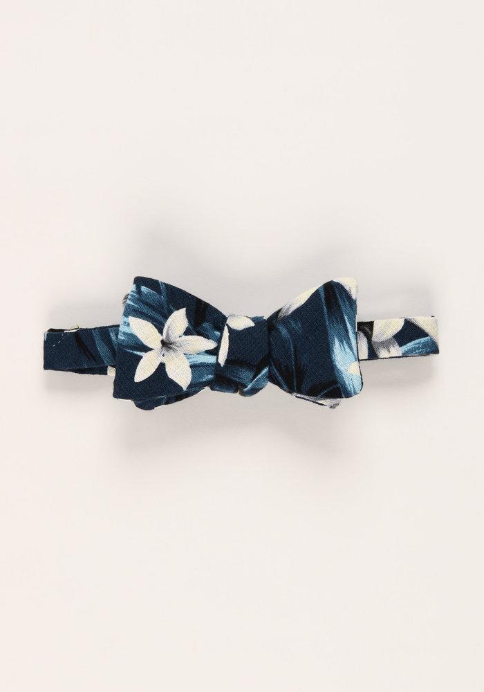 The Kalea Blue Tropical Bow Tie