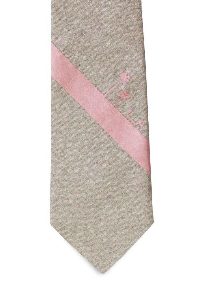 The Larchmont Tie