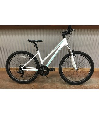 Used Used 2013 Giant Revel W Sm