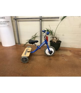 USED Giant Li'l Giant Trike (Boys) Blue