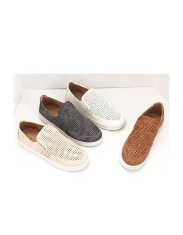 Yura Sneaker
