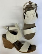 OTBT OTBT White Lace Detail Heels