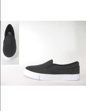 Tracer Flat Sneaker