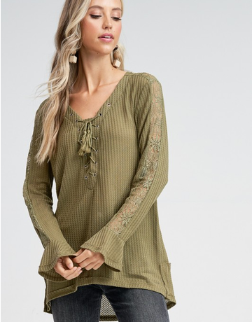 Solid Criss Cross Knit Top With Lace Detail